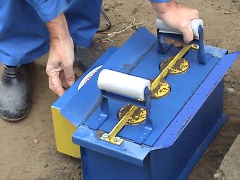 Как сделать вибродвигатель для шлакоблочного станка